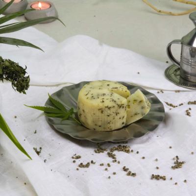 formaggio-vivere-la-canapa